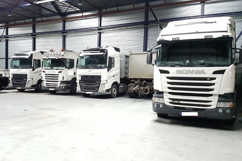 Dziesięć kilogramów kokainy w polskiej ciężarówce zatrzymała policja.