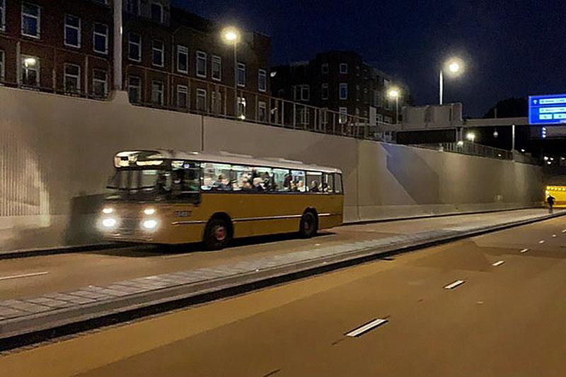 Po dwóch latach budowy, Maas Tunel ponownie jest otwarty.